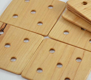 24pc Weaving Card Set - 2.5 Inch, 4 Hole (Maple)